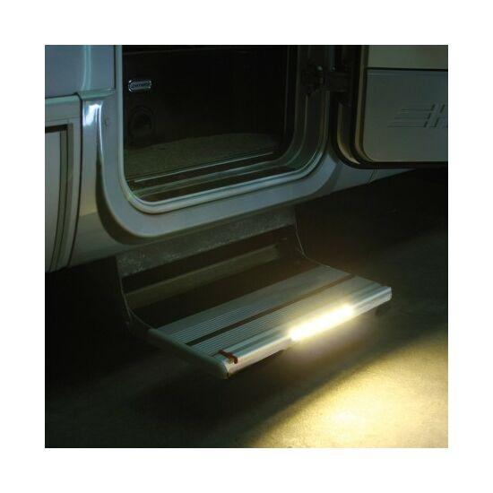Iluminat trepte cu LED